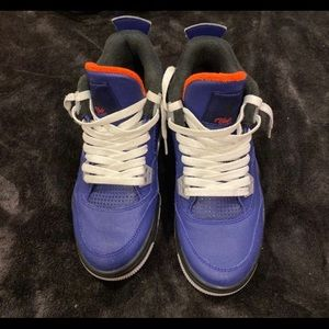wnter 4s size 7y